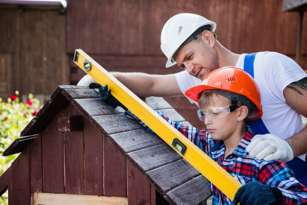 Budowa altany: ważne umiejętności i strategie. Elementy drewniane do zabudowy w ogrodzie 1 - Twój Głos 📌 e-TG.pl