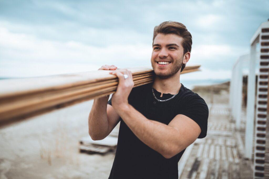 Budowa altany: ważne umiejętności i strategie. Elementy drewniane do zabudowy w ogrodzie 2 - Twój Głos 📌 e-TG.pl
