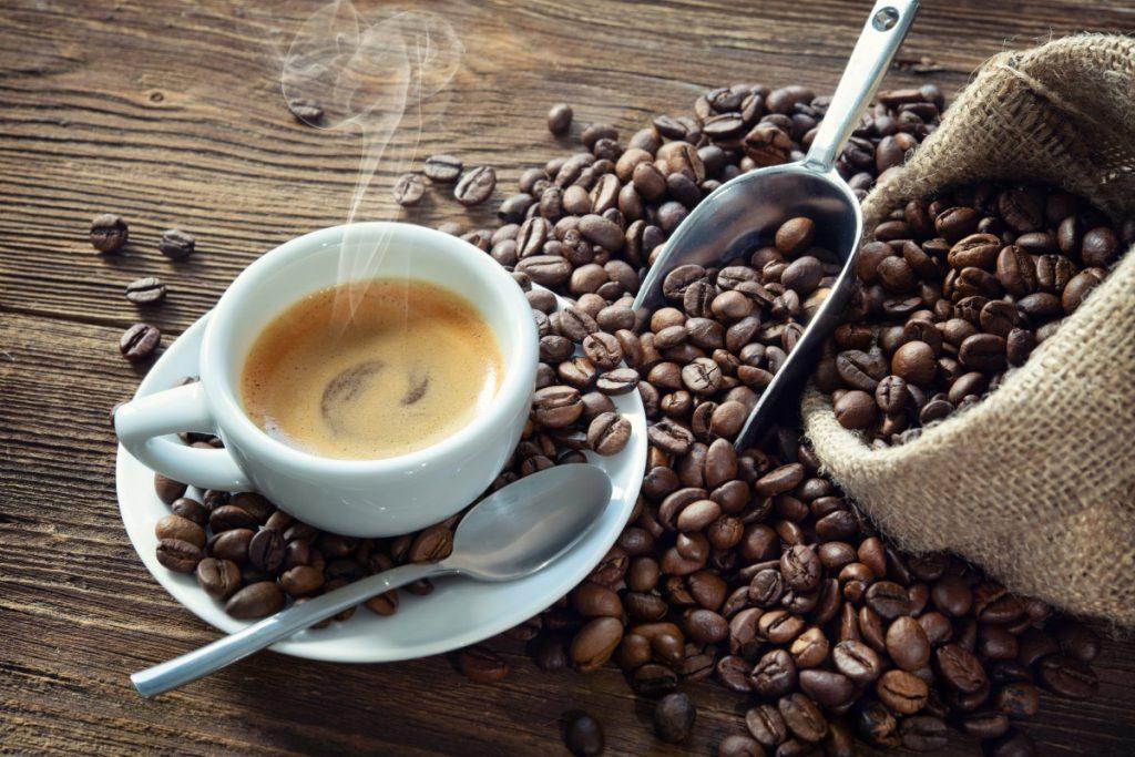 Historia i gatunki kawy - uprawa sposób parzenia oraz dodatki ze szkoły mistrzów kawy - poznaj różne rodzaje i Ciekawostki o kawie 3 - Twój Głos 📢 e-TG.pl