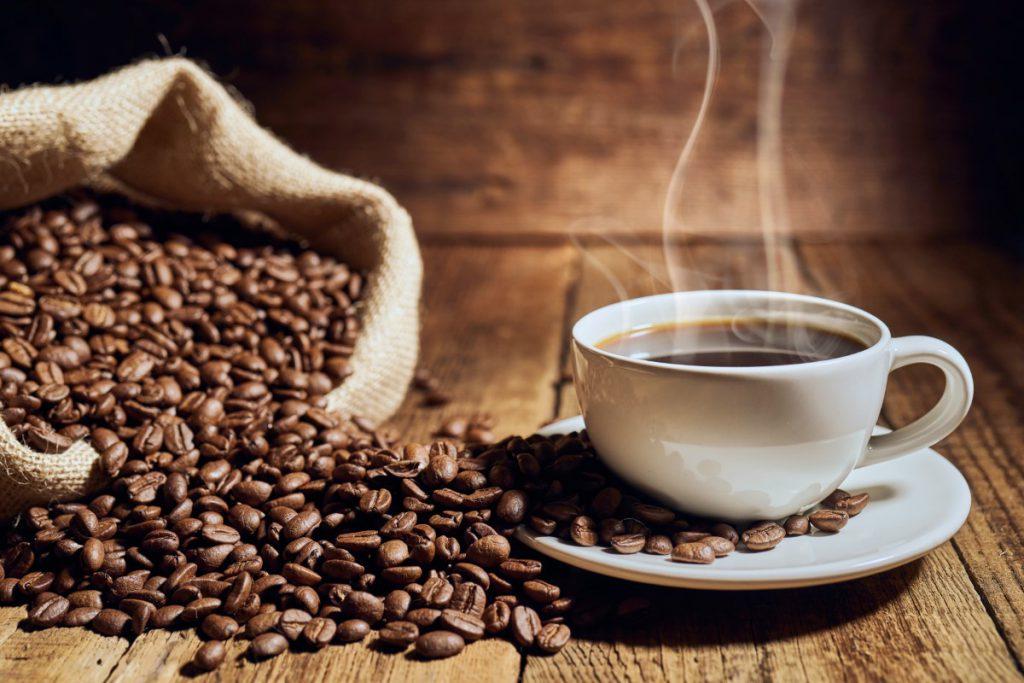 Historia i gatunki kawy - uprawa sposób parzenia oraz dodatki ze szkoły mistrzów kawy - poznaj różne rodzaje i Ciekawostki o kawie 2 - Twój Głos 📢 e-TG.pl