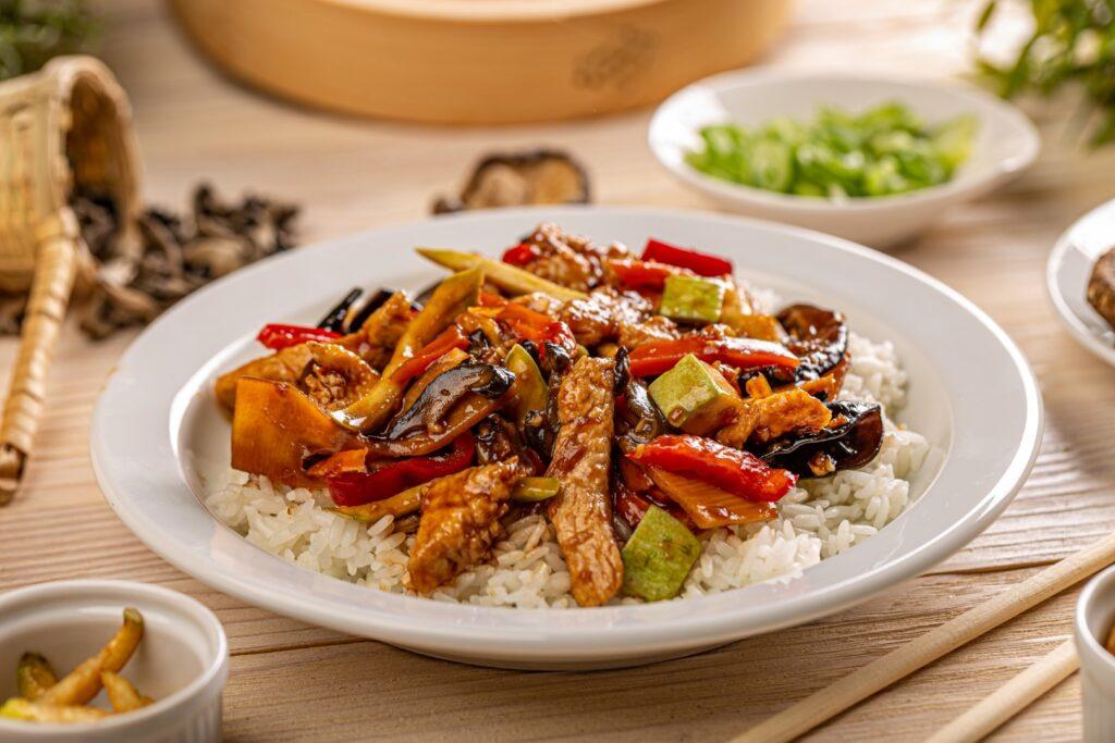 Kolekcja azjatyckich przepis贸w kulinarnych - najlepsze orientalne porady i triki kulinarne 艂atwe do przyrz膮dzenia w domu 5 - Tw贸j G艂os 馃搶 e-TG.pl
