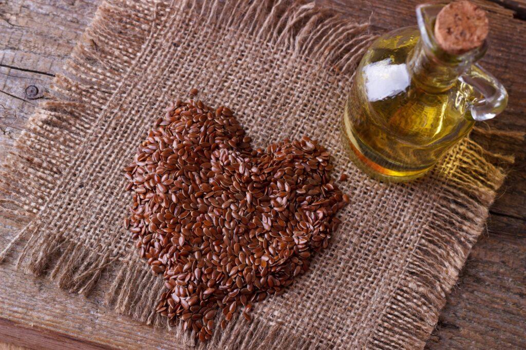 Olej lniany pokarm dla m贸zgu i siemie lniane dla zdrowego od偶ywiania i medycyny naturalnej 4 - Tw贸j G艂os 馃搶 e-TG.pl
